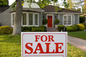 Lots of homes for sale, not so many buyers...