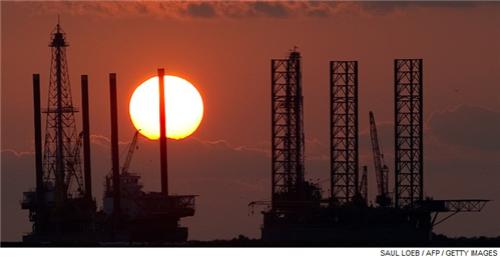 Oil industry still struggling